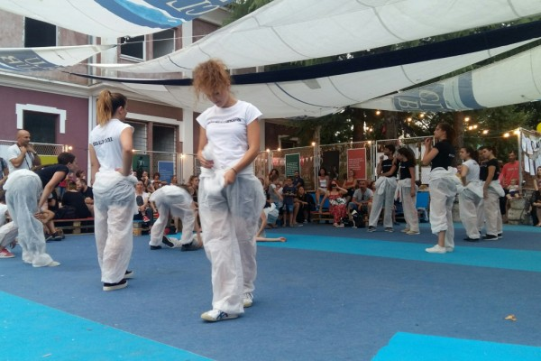 Zadarski plesni ansambl predstavio hommage Novom valu