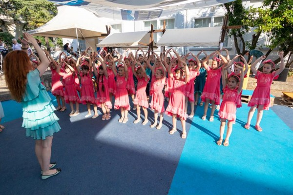 Gdje su ples i pjesma tu su Libretići!