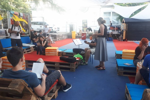 Poezija, šansone i DJ radionica u KvArtu
